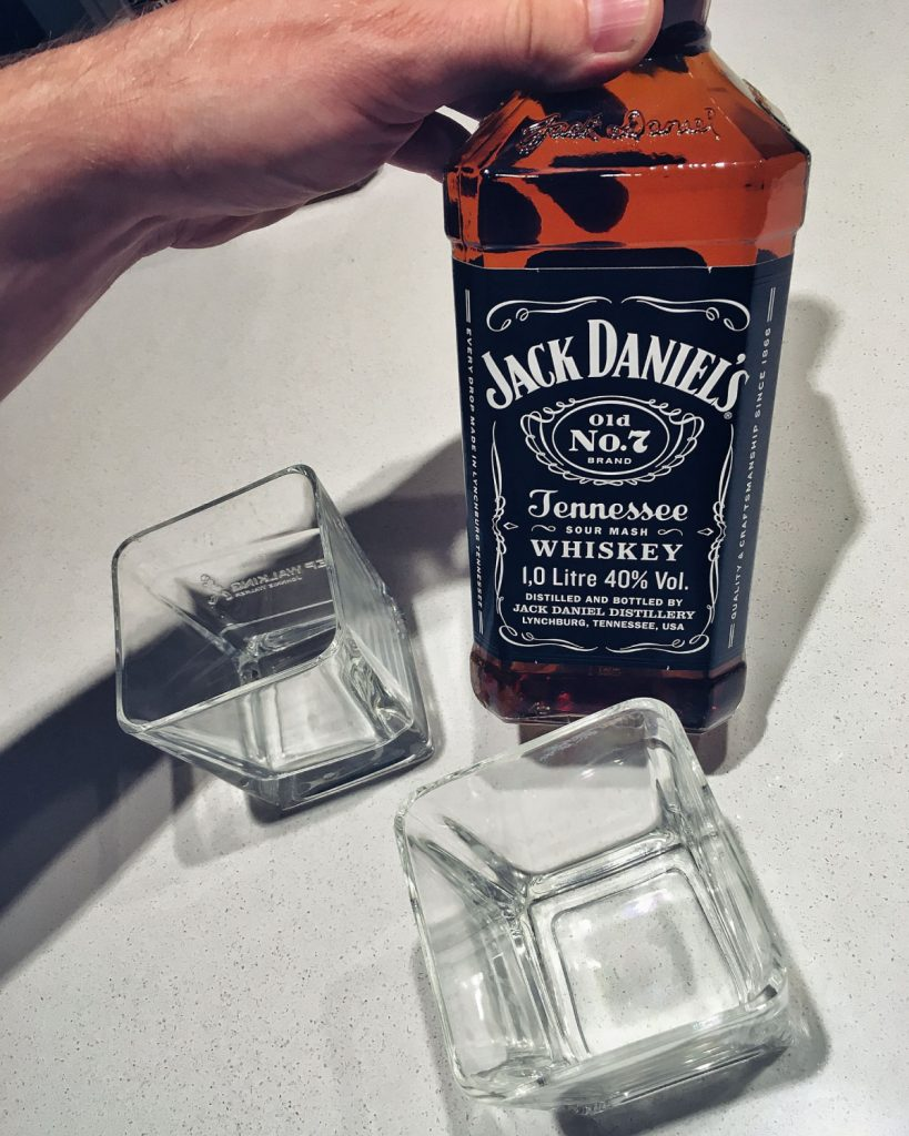 Jak pić whiskey Jack Daniels