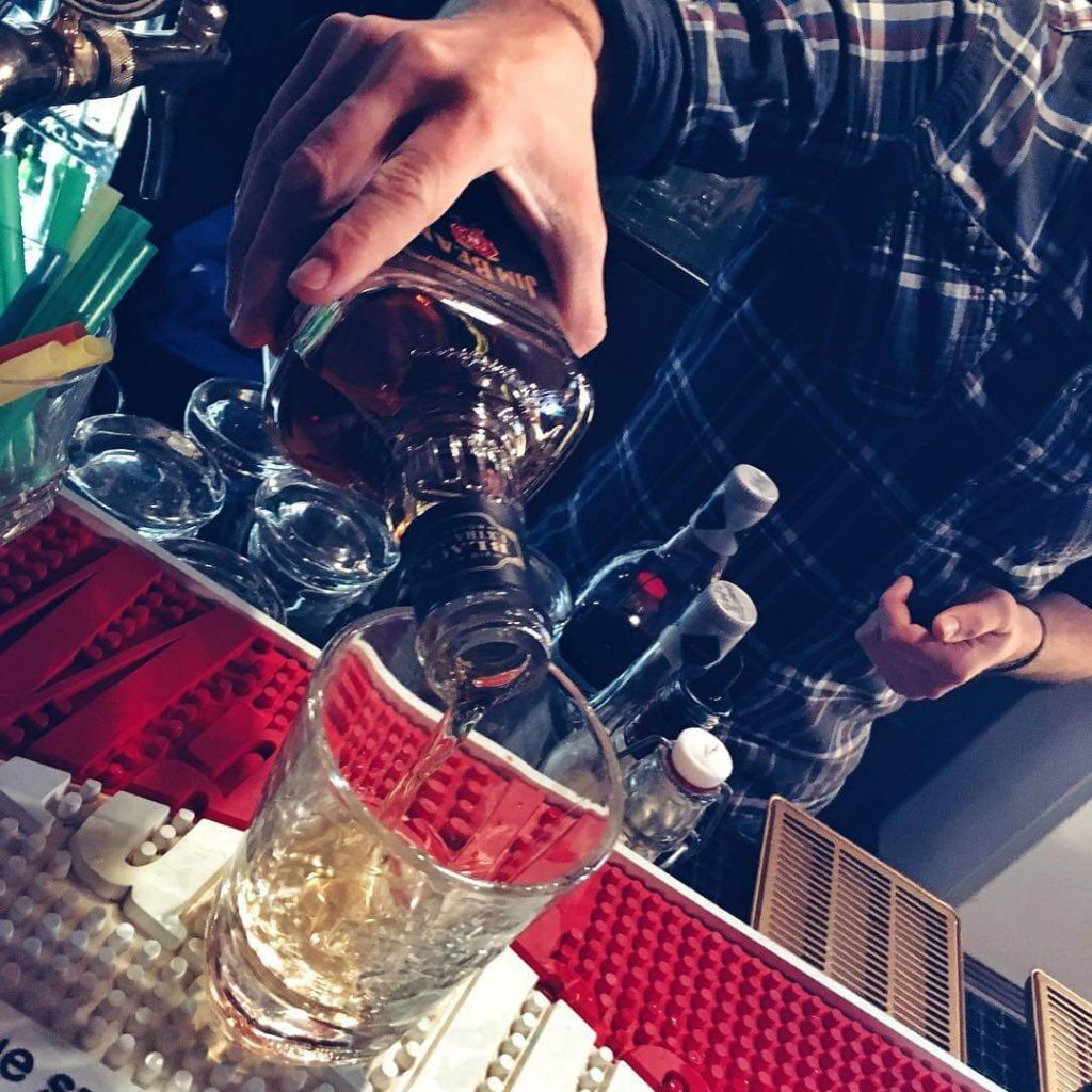 Jak pić whisky z lodem