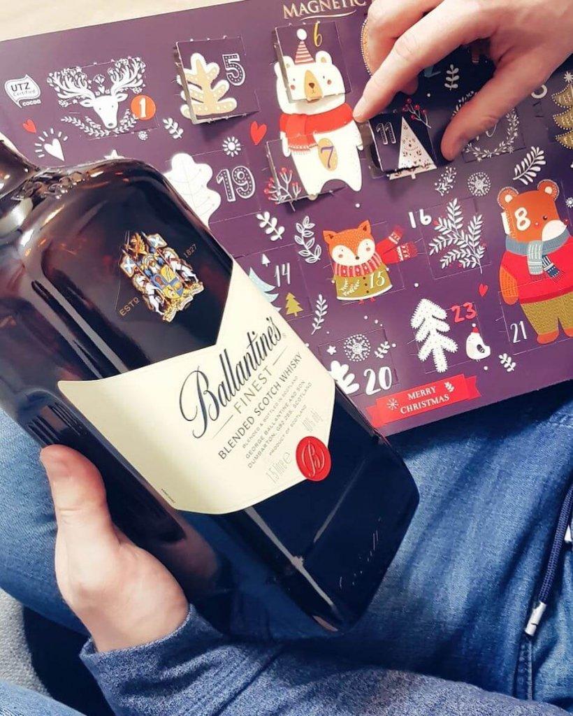 Herb na szkockiej whisky Ballantines Finest