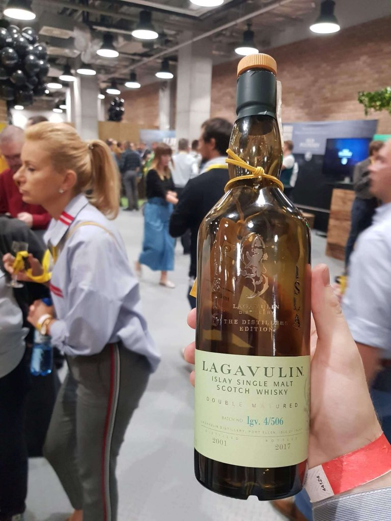 Butelka Whisky Single Malt Lagavulin