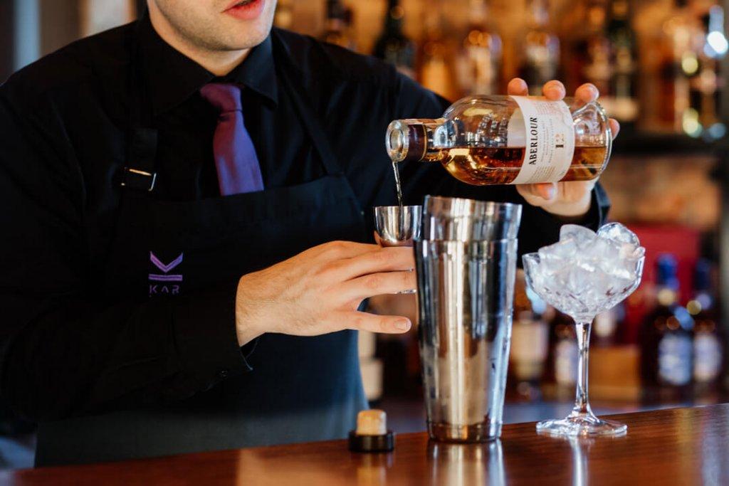 Penicylina drink przygotowywany na Aberlour Single Malt Whisky