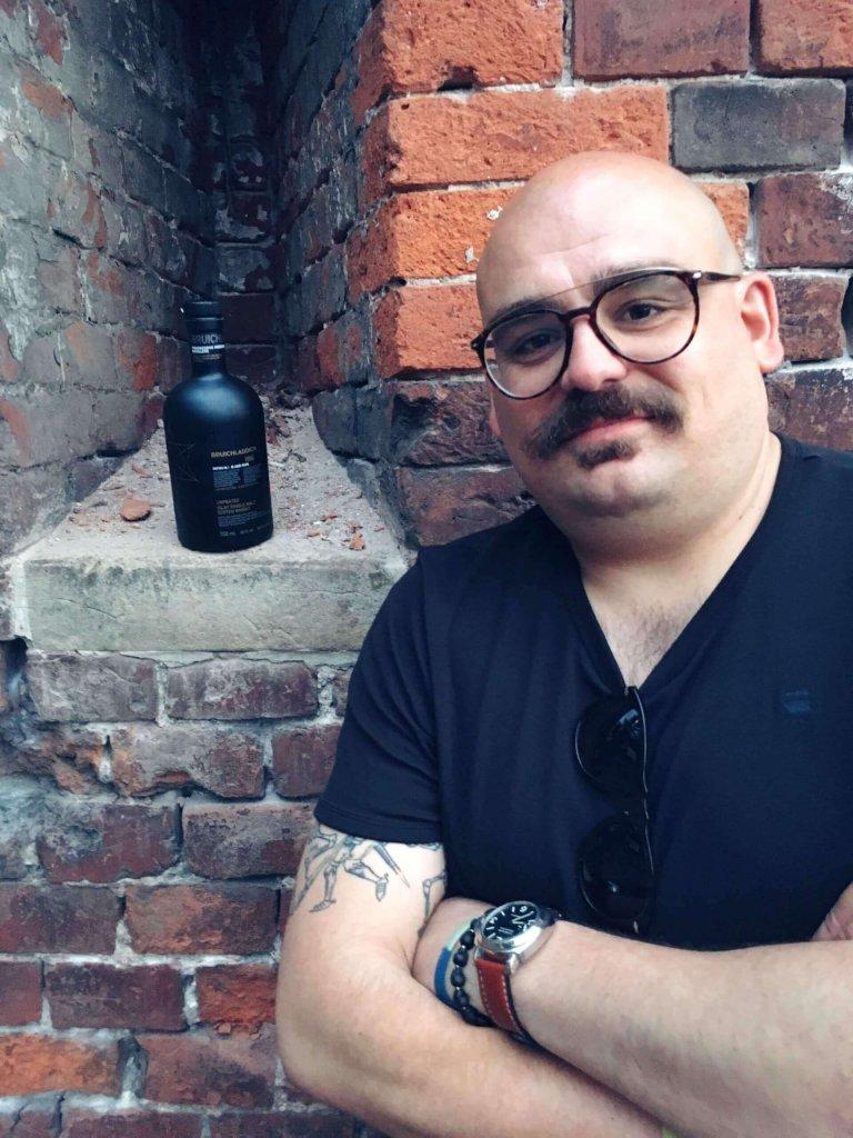 Mateusz Zabiegaj z Bruichladdich na Whisky Live Cracow 2019