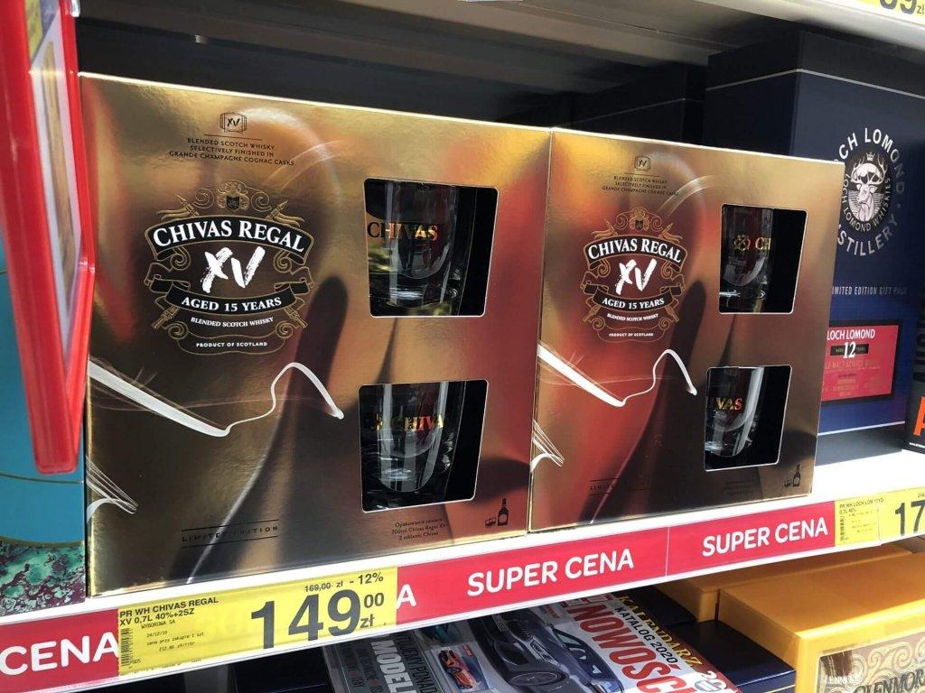 Zestaw Chivas Regal XV ze szklankami Carrefour