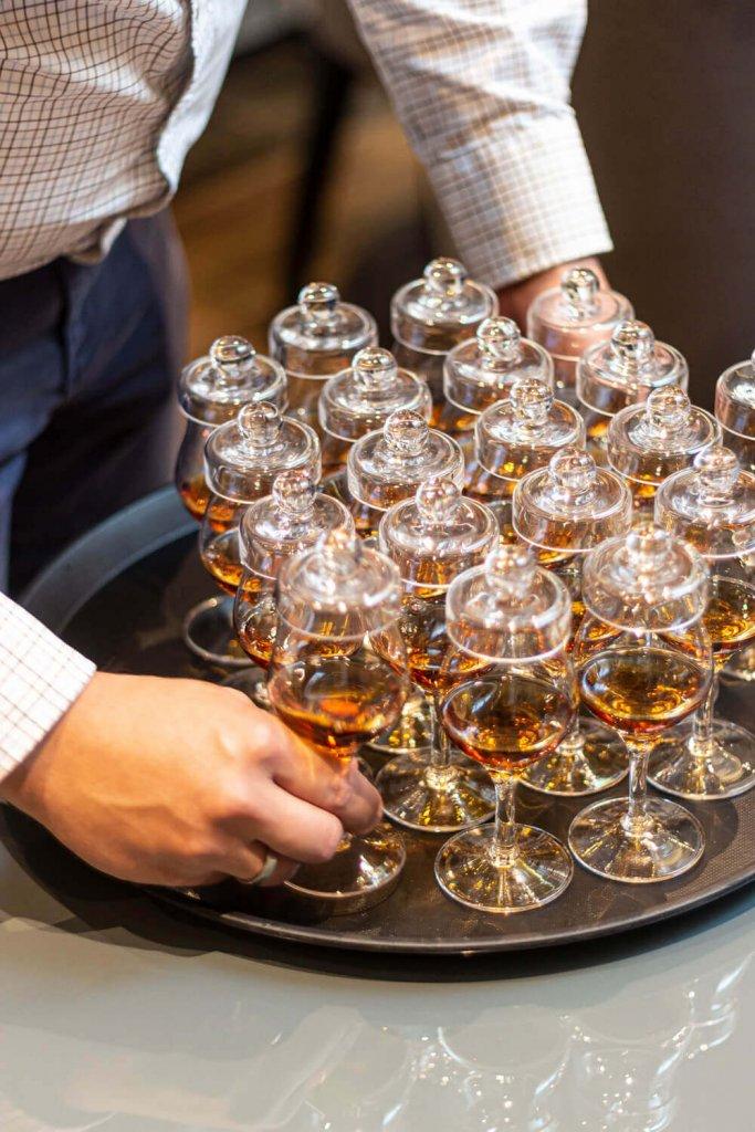 kieliszki do whisky z przykrywką Amber Glass