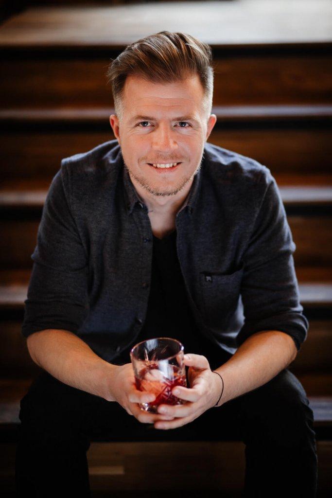 Mariusz Kowalczyk z bloga jakpicwhisky.pl