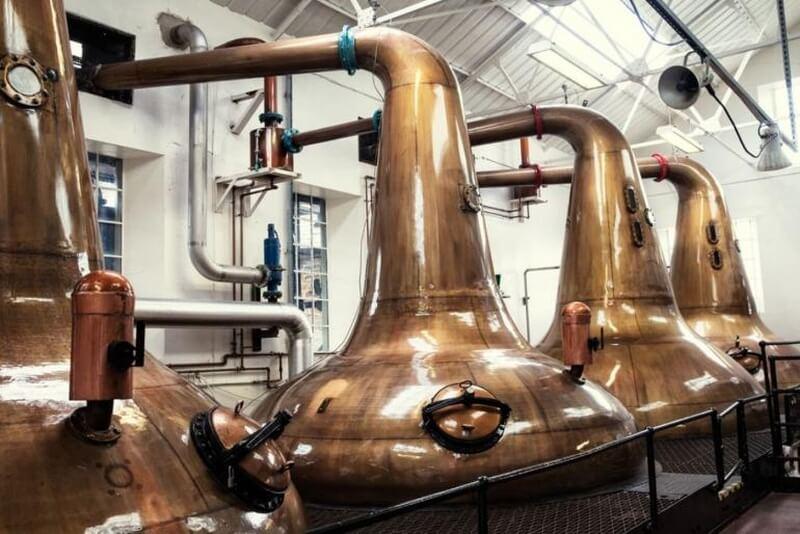 Alembiki w Highland Park Distillery